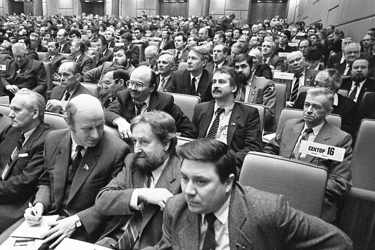 Eestlased Kremlis mai 1989