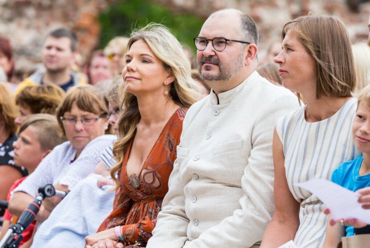 Inge Sude ja Ando Kiviberg folgil