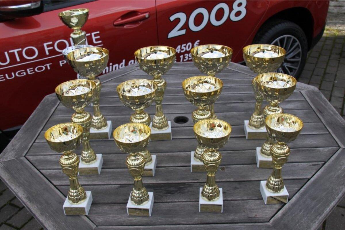 Seiko Cup karikasarja Lõpuvõistluse trofeed