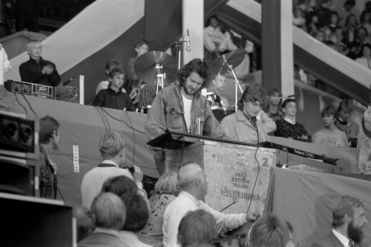 Alo Mattiisen Eestimaa Laulul 11. septembril 1988