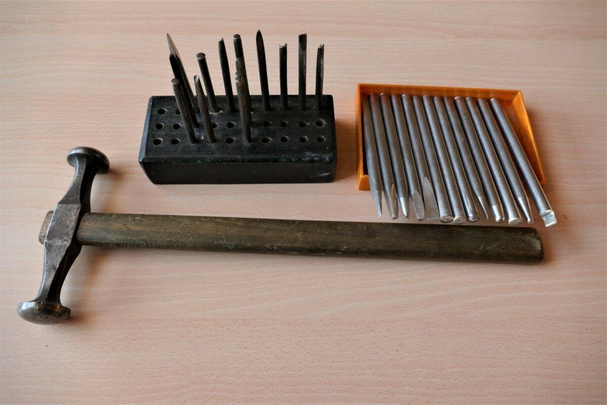 Kohrutamiseks vajalikud tööriistad.