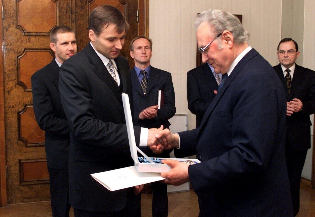 ANDRUS VEERPALU, ARNOLD RÜÜTEL