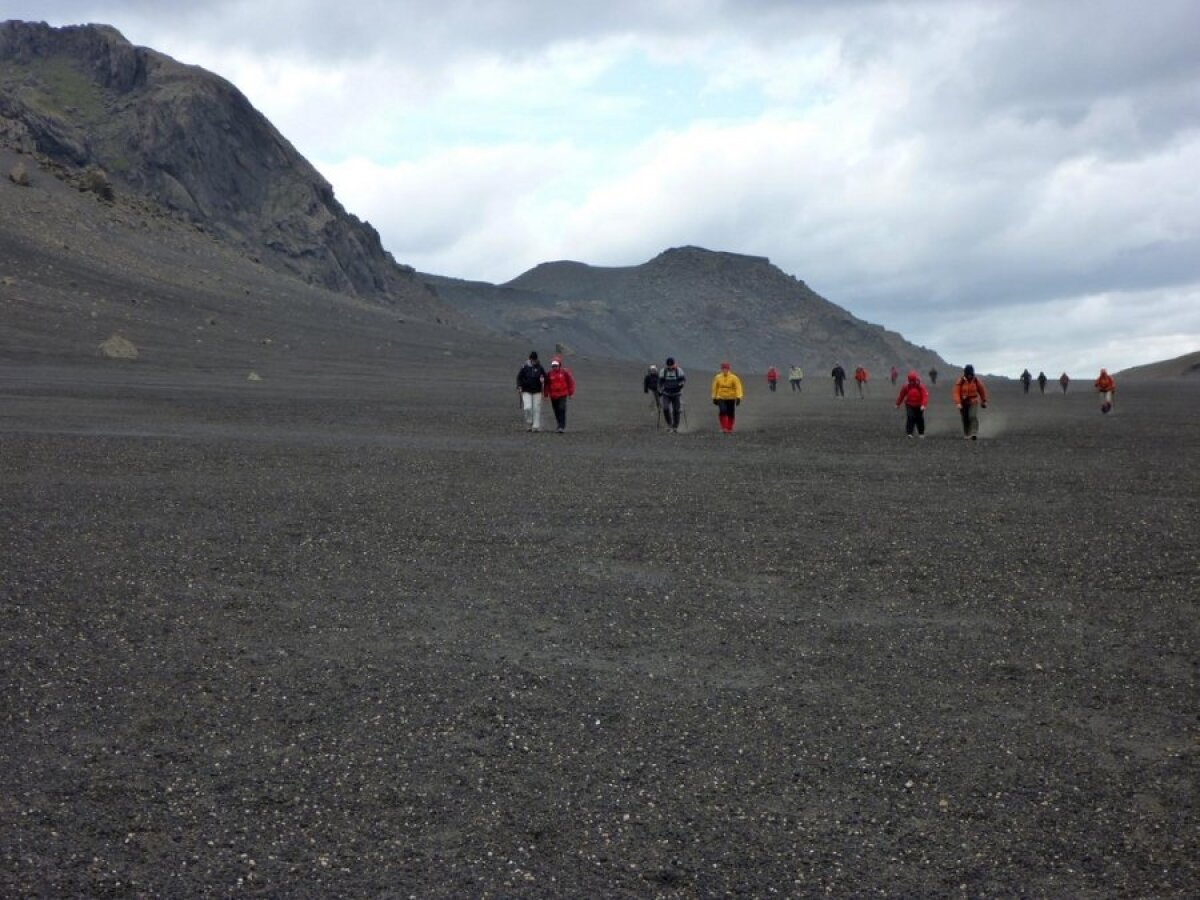 Matk Islandi maastikul.