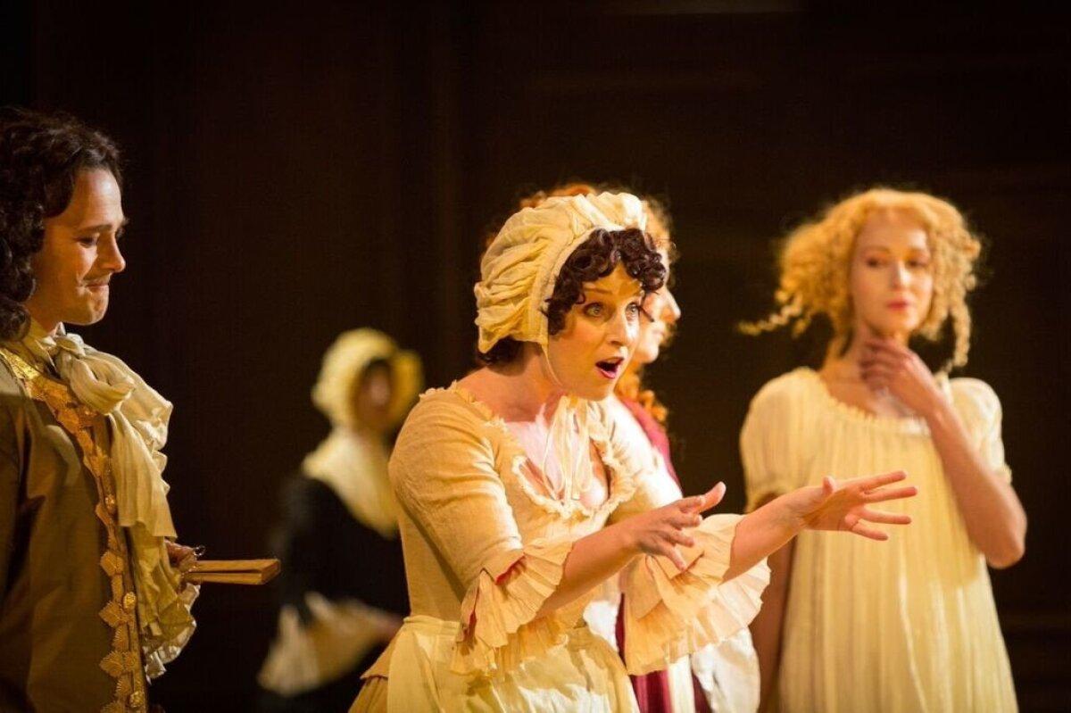 """Theatrumi lavastaja Lembit Peterson tõi """"Tartuffe'i"""" lavale Draamateatris."""