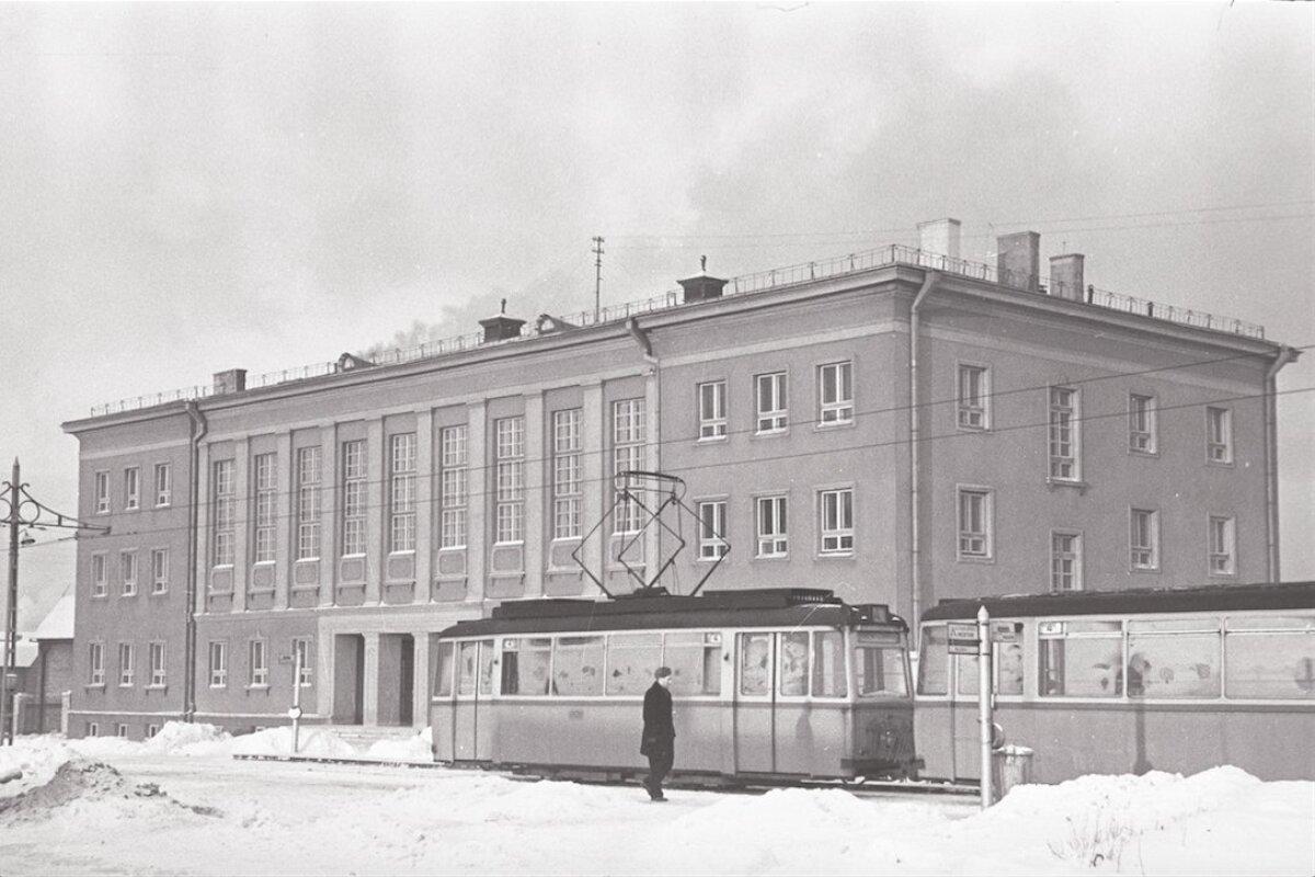 Lasnamäe spordihoone ja tramm. Jaanuar 1959. a
