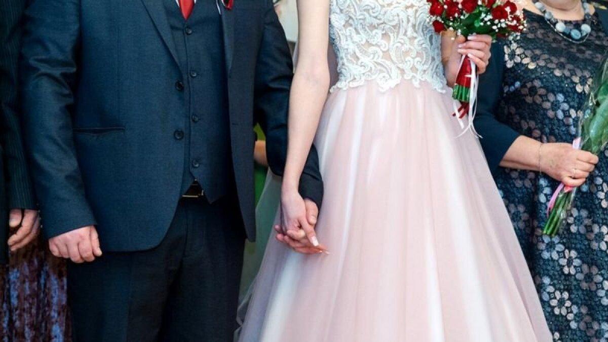 Решая взять фамилию мужа, женщины часто руководствуются чисто практическими соображениями
