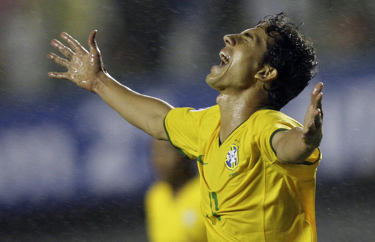 Nilmar lõi oma esimese ja viimase Brasiilia koondise kübaratriki just 2009. aastal Salvadoris Tšiilile.