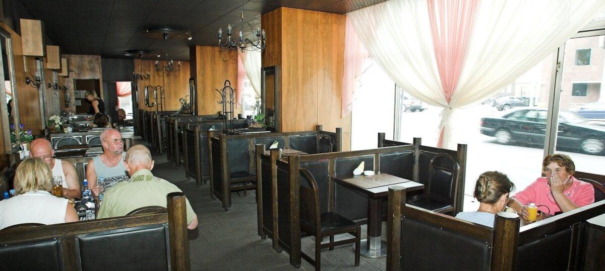 Narva kohvik veel vanas kuues 2006. aastal