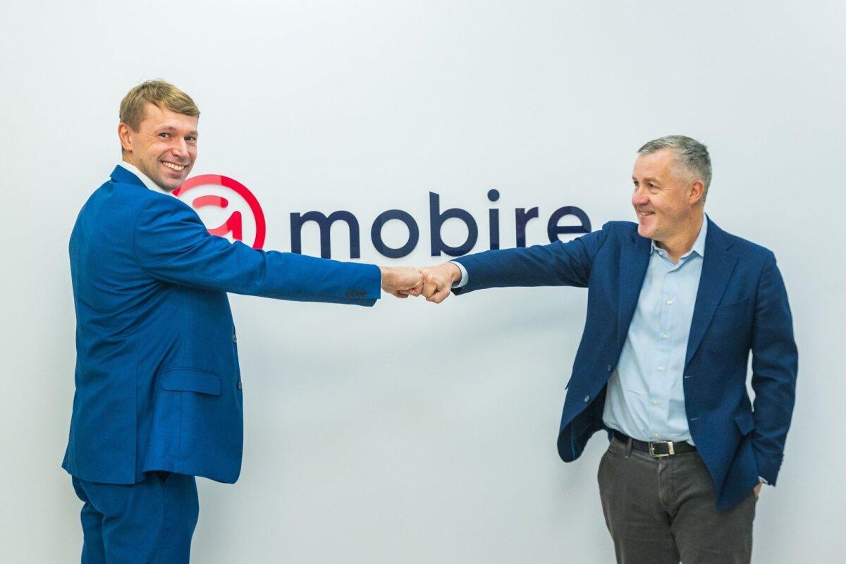 Mobire Groupi tegevjuht Andrus Valma (vasakult)  ja Inbanki nõukogu esimees Priit Põldoja