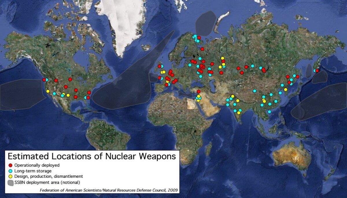 See fas.org kaart näitab küll tuumarelvi ka Eesti idapiiri taga.