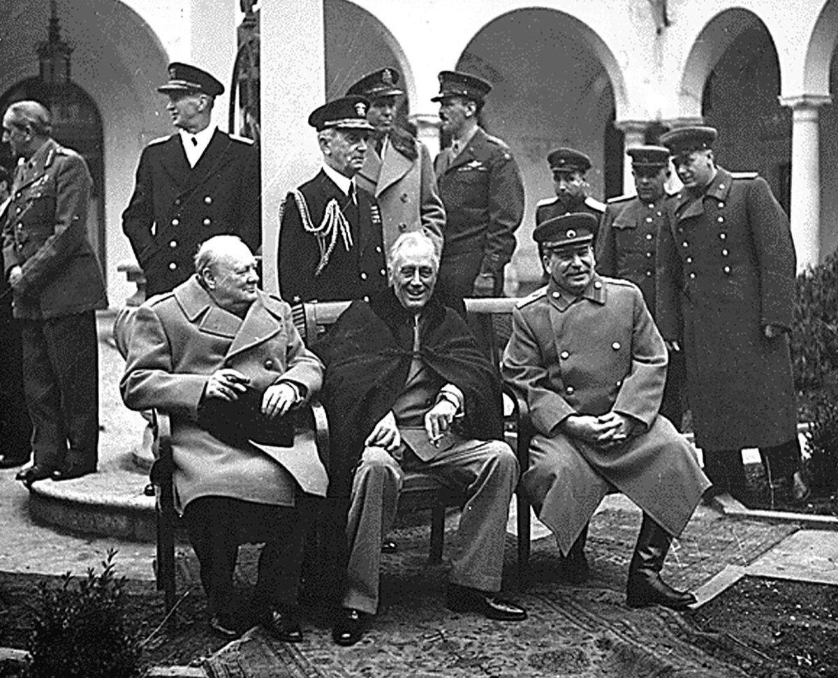 Churchill, Roosevelt ja Stalin Jalta konverentsil
