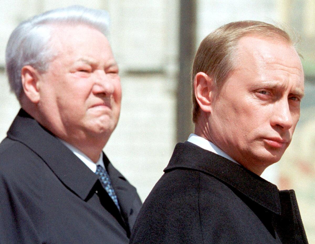 Boriss Jeltsin ja Vladimir Putin 2000. aastal Moskvas.