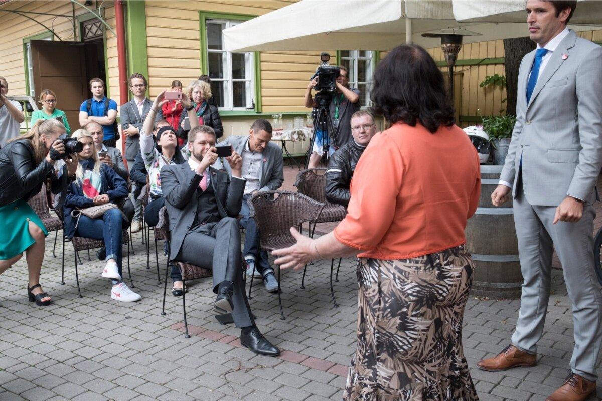 Sotsid tutvustasid oma Tallinna volikogu esimene-kandidaati, Helve Särgavat.