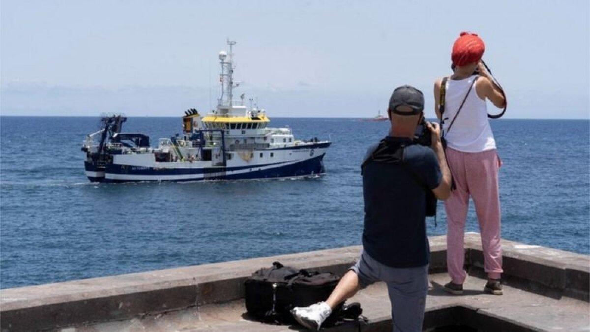 Океанографическое судно Ángeles Alvariño искало тела детей у берегов Тенерифе