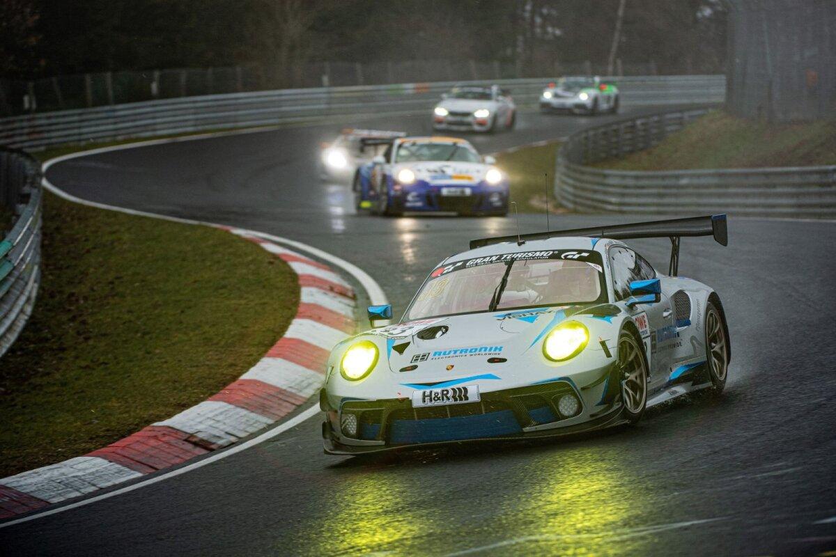 Tristan Viidas pääses käesoleval hooajal Nürburgringi kestvussõitude sarja kõige kiirema klassi auto rooli.