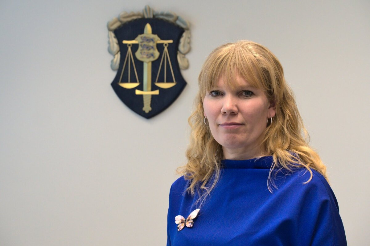 Ringkonnaprokurör Eneli Laurits ütleb, et ise ei tohi pedofiili ahvatleda, kuid teisalt ei tohi nad oma passiivsusega tappa vestlust ja pärssida pedofiili fantaasiaid.