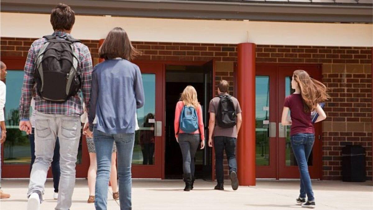 Американская школа (архивная фотография)
