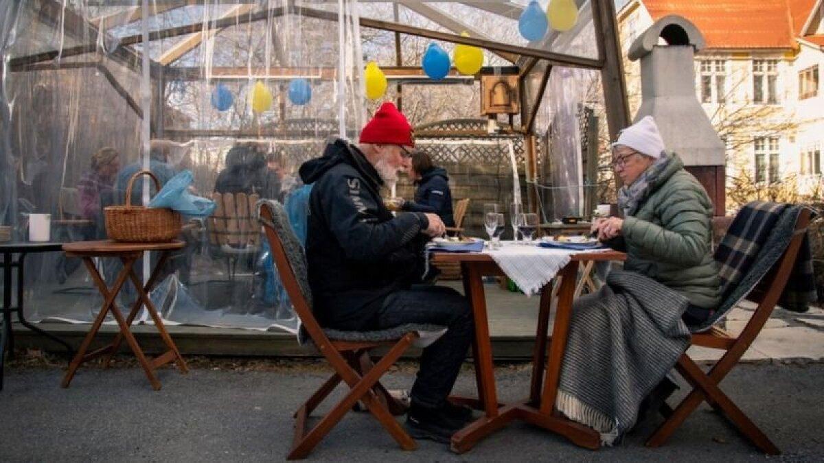 Люди в пожилом возрасте больше соразмеряют свои жизненные ожидания с запросами общества, говорят психологи