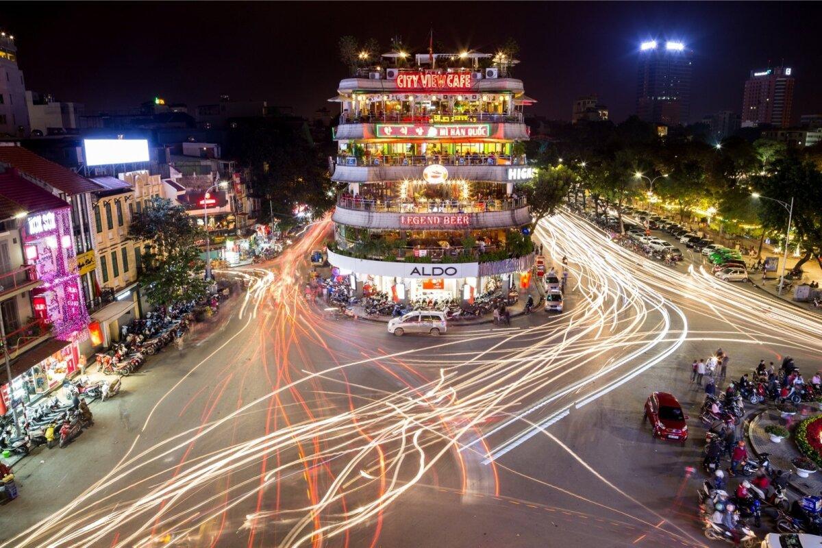 Otsisin korda ja loogikat pealtnäha lõppematus Hanoi liikluses.