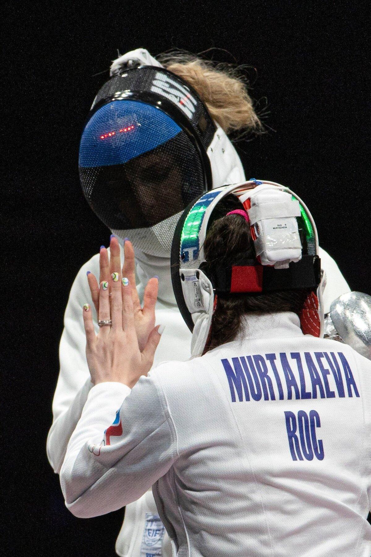 Naised jäävad naisteks, jõuavad medalimatši ajal ka maniküüre võrrelda.