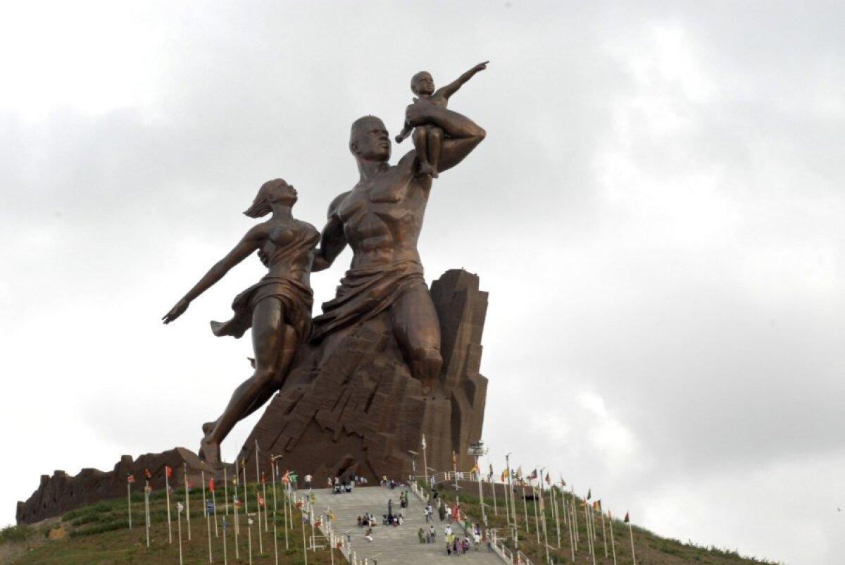 Aafrika taassünni monument Senegalis