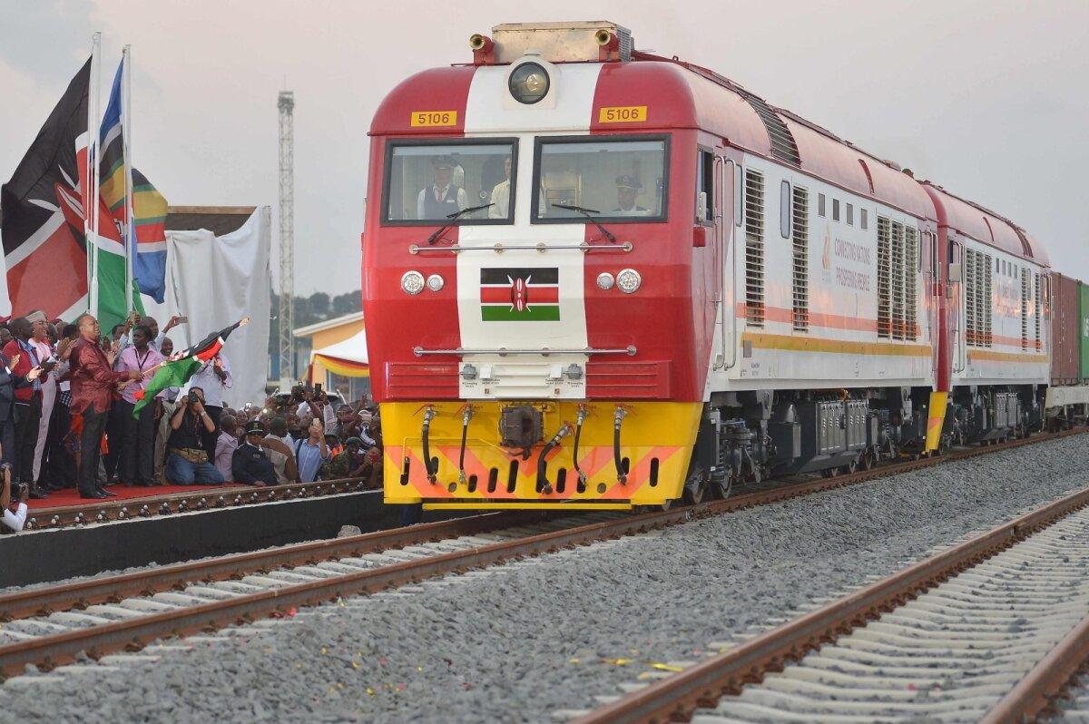 Ka rong, mis sõidab 120 km/h, on Keenia mõistes kiirrong