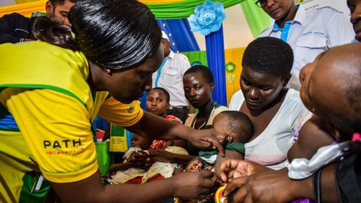 Вакцинация в Кении, одной из стран, где вакцина проходила испытания