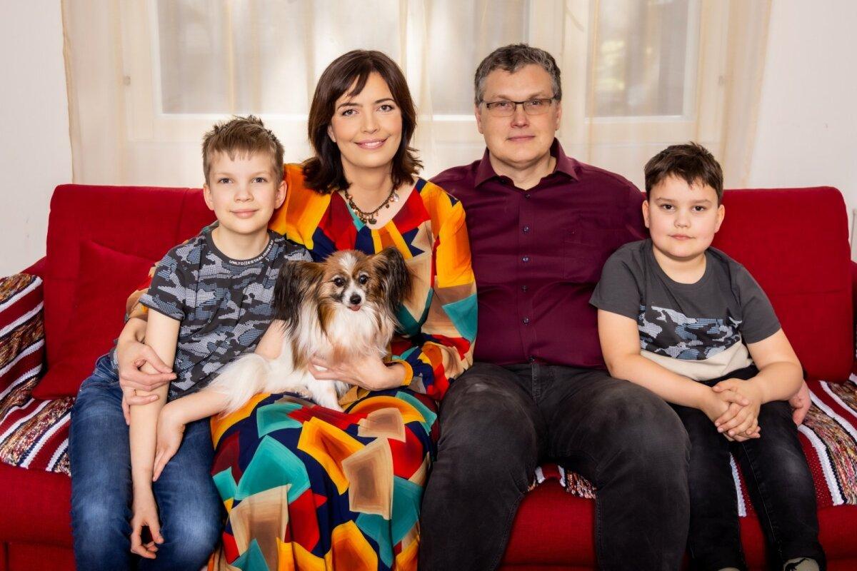 Perearst Karmen Jolleri kodu ja pere, Jüri Joller