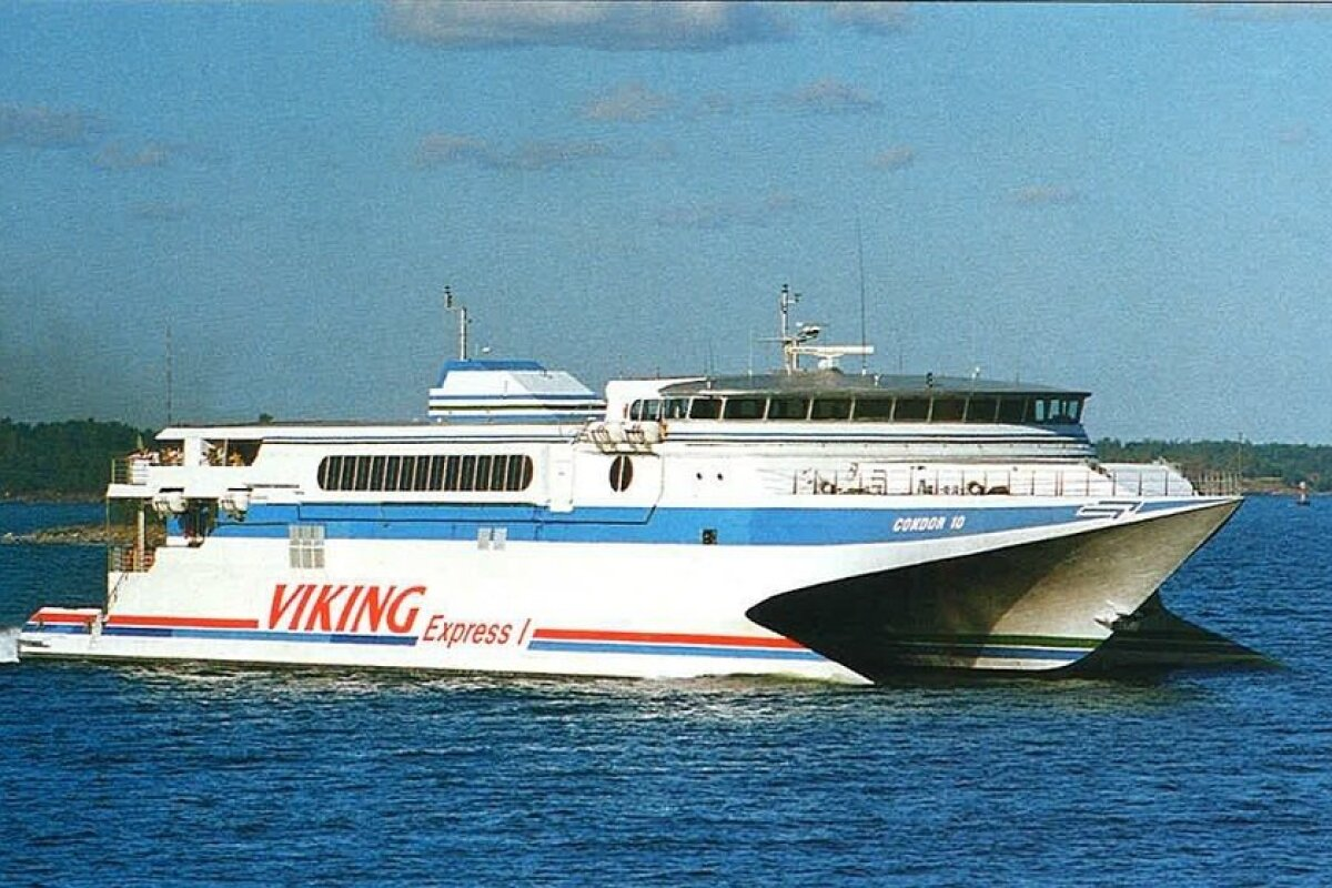 Viking Express I (Condor 10), 28.05-30.09.1995, 574 reisijakohaga katamaraanparvlaev.