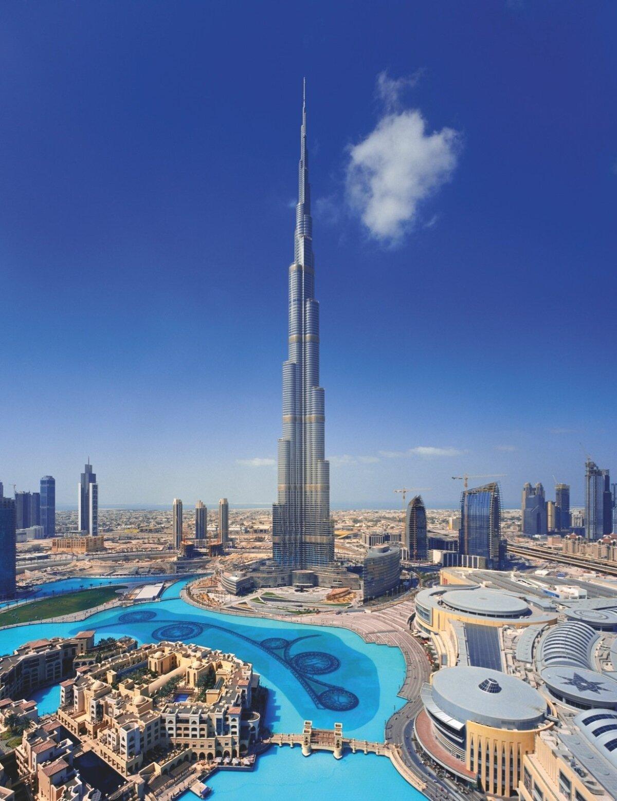 Burj Khalifa Dubais – maailma kõrgeim pilvelõhkuja, mille fassaadi tegi Abdulla Al Ghurairi ehitusettevõte.