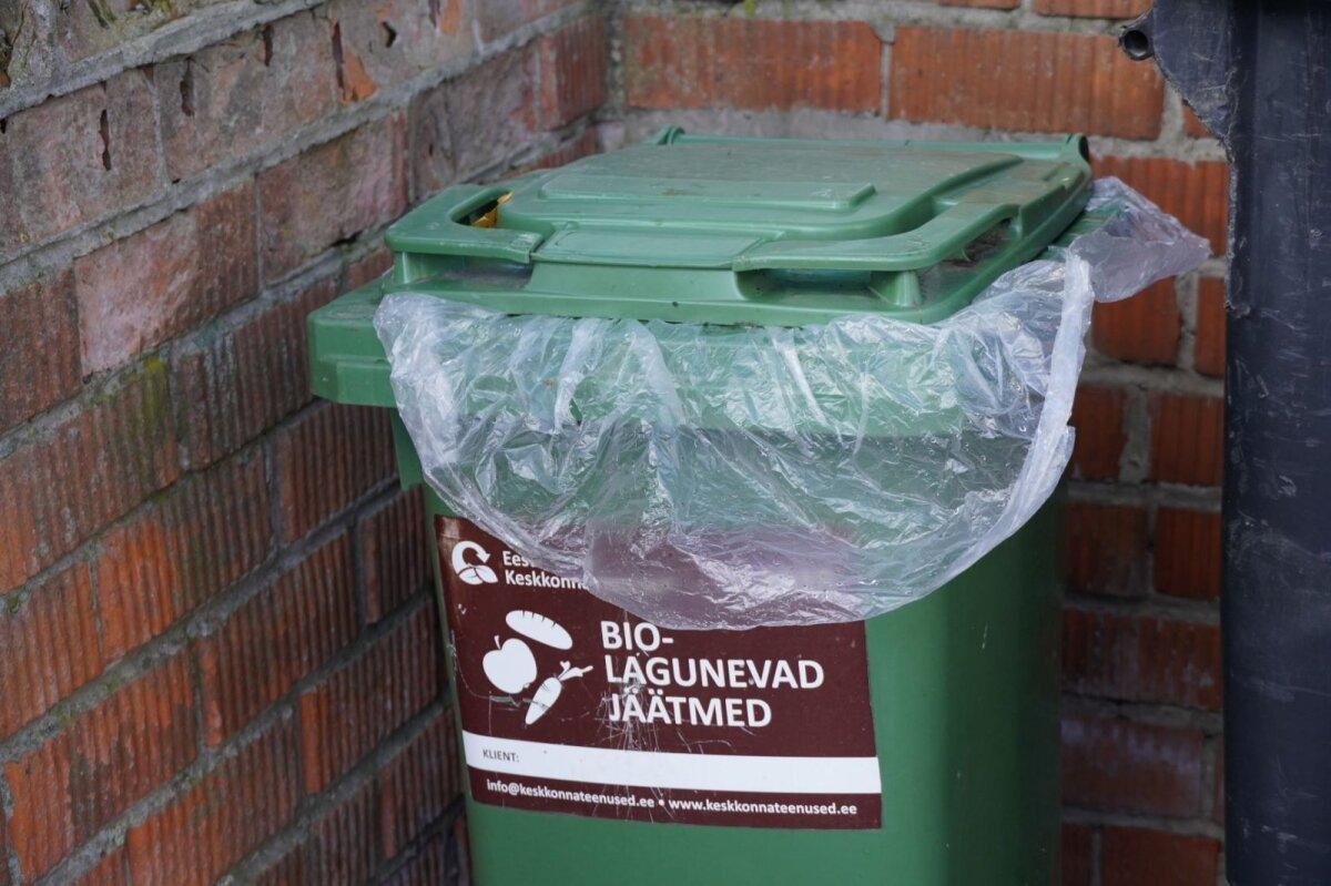 Biojäätmete kogumiskonteiner gaasitootmise ootel.
