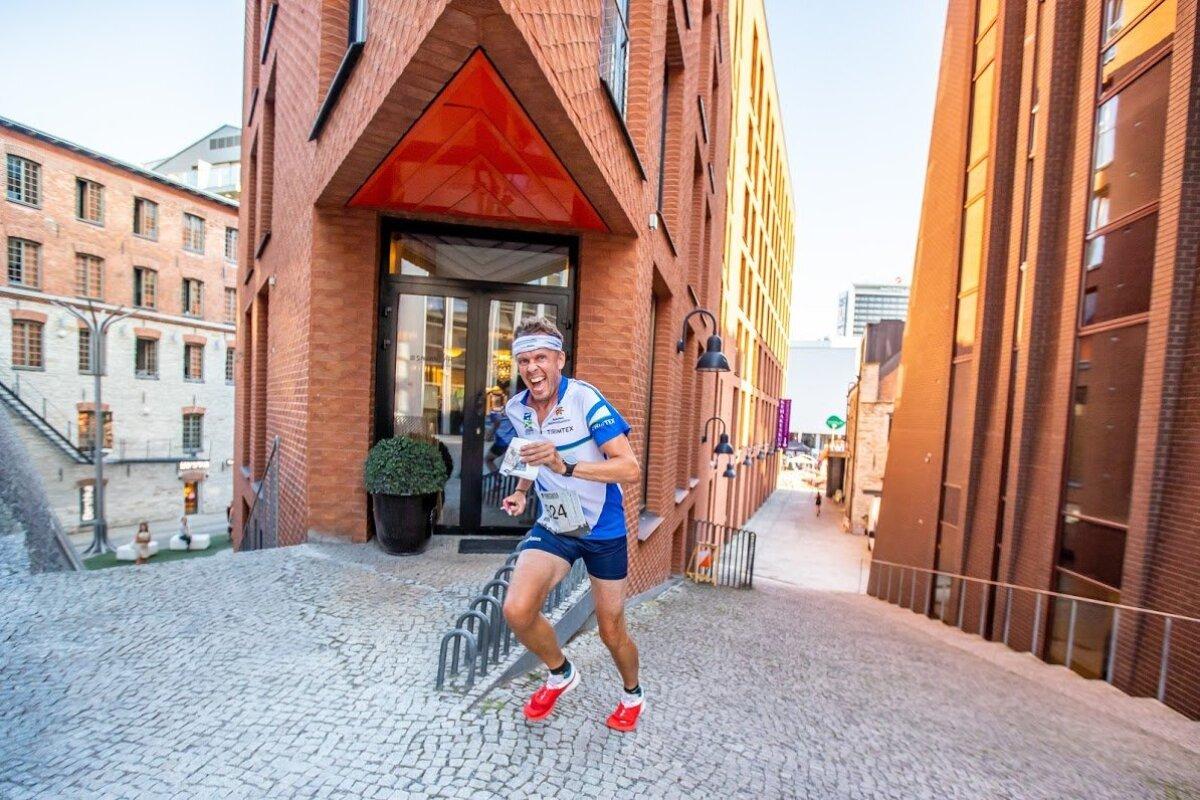 Järjest enam korraldatakse orienteerumisüritusi linnakeskkonnas - sprindivõistlus Tallinnas Rotermanni kvartalis