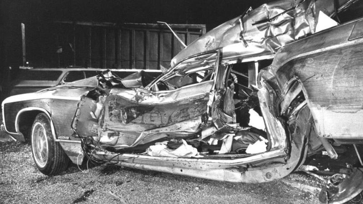 Тягач практически смял автомобиль Байденов, его жена и дочь погибли