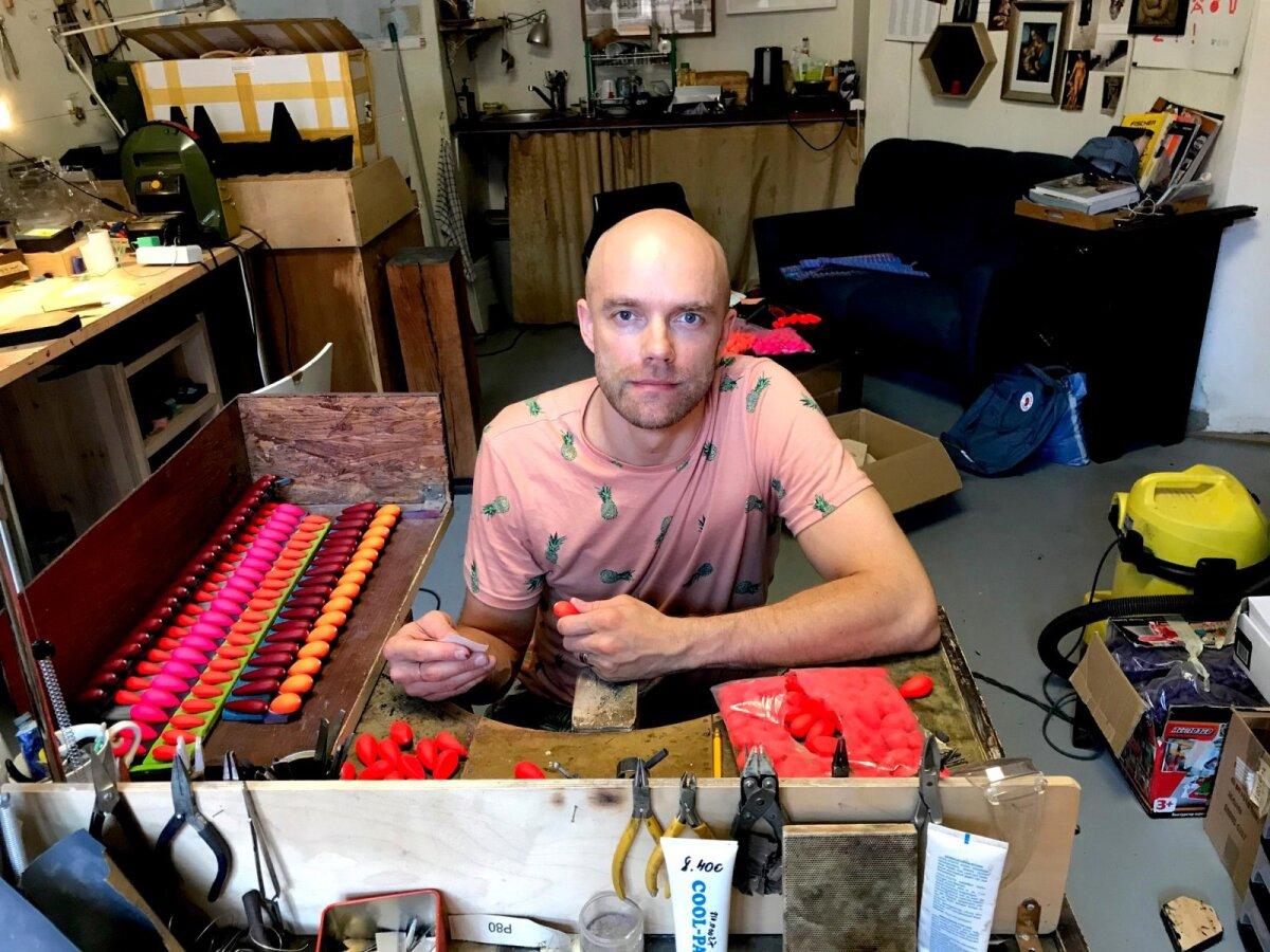 Tanel Veenre oma stuudios