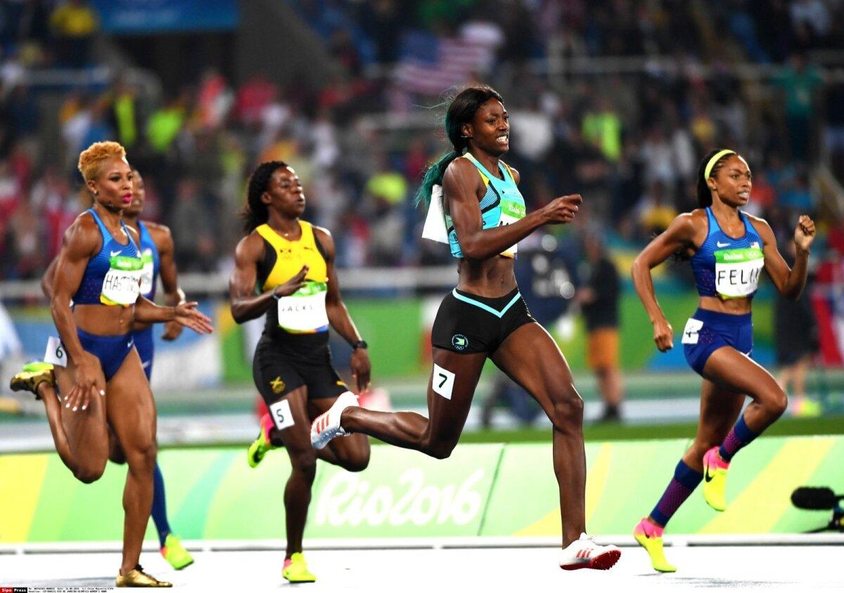 KIIRE NAGU VÄLK: Shaunae Miller-Uibo (nr 7) Rio olümpiamängude 400 meetri jooksu finaalis, kus võitis kuldmedali.