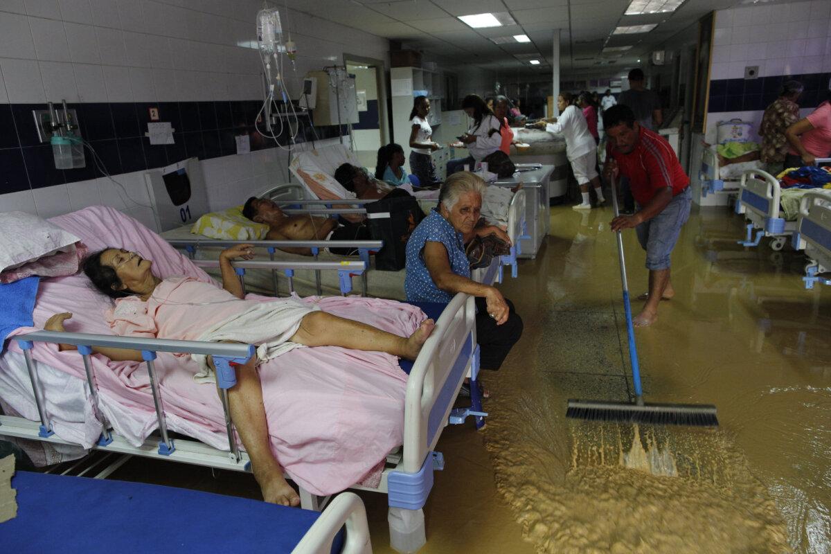 3. novembril üleujutatud haigla Cumanás, kus on puudu nii ravimitest kui vooditest