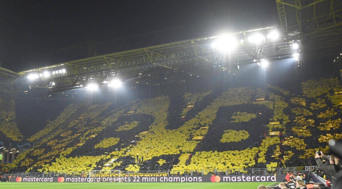 "Dortmundi Borussia ""kollane sein"" staadioni seisukohtadel."