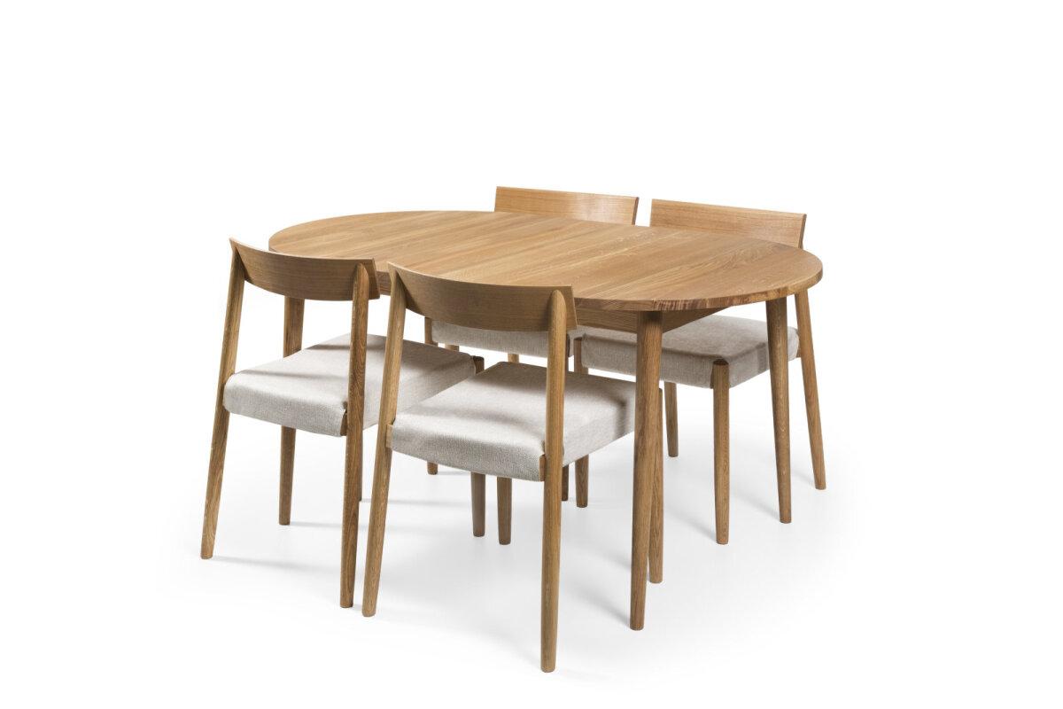 Skandinaaviapärase disainiga söögilaud BO 150 koos nelja BO tooliga, mida katavad toolikatted kangaga Karl 02. Nutikas on toolile varuda mitu komplekti erineva kanga- või nahatooniga lisakatteid, mille abil kiirelt ja mugavalt interjöörile uus ilme anda.