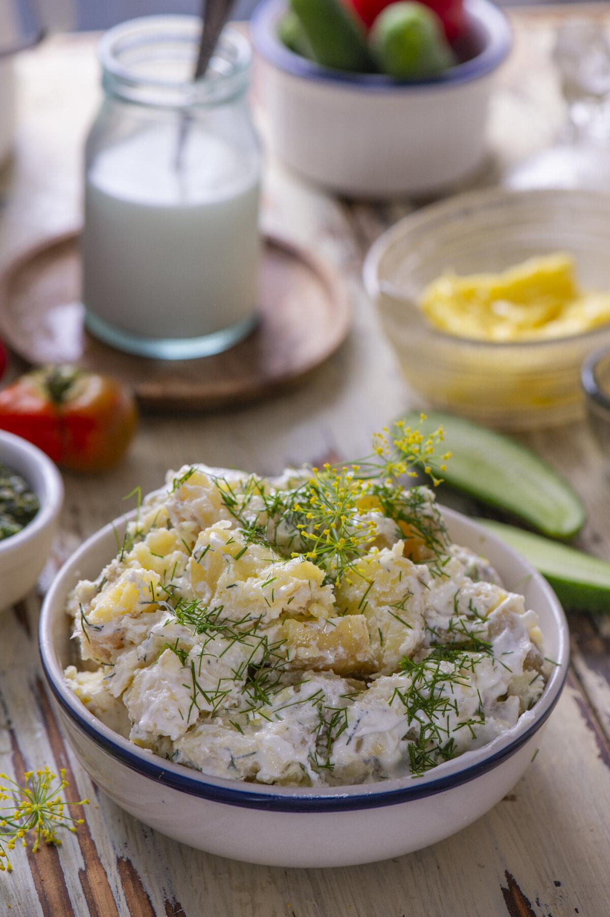 Hapukoorega läbi klopitud kartulid