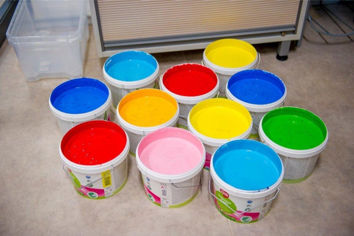 Kuidas valmis Slash & Colors näituse valimine