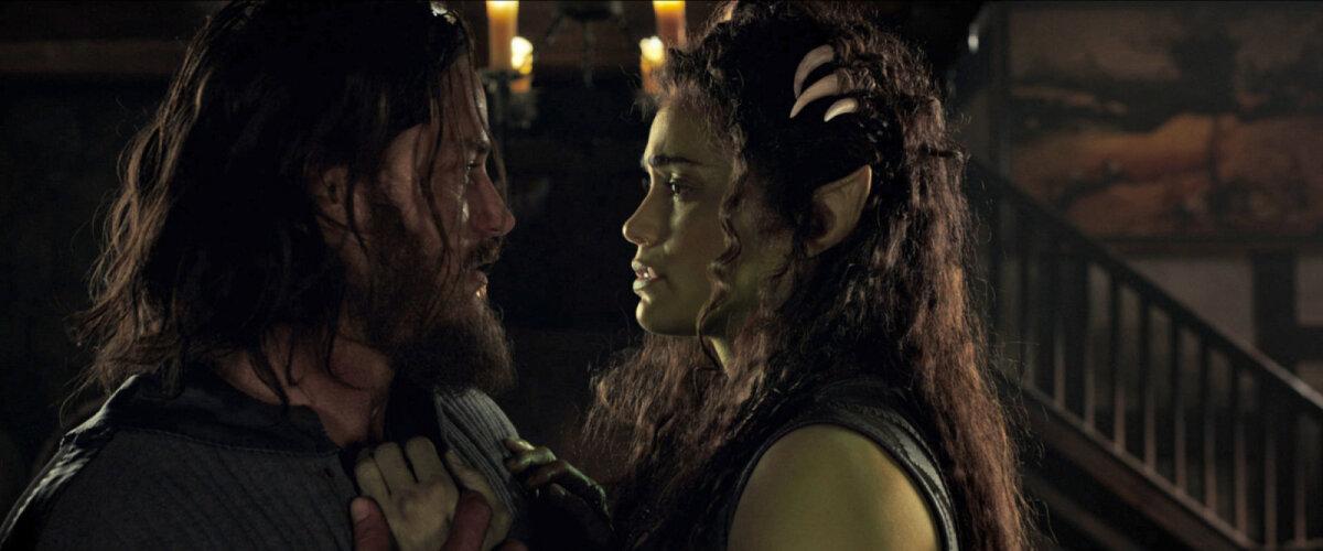 Lothar ja Garona (Paula Patton) armuhoos
