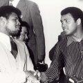 Леон Спинкс и Мухаммед Али (слева направо)