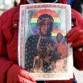 Poola kohus mõistis pühale ikoonile vikerkaarevärvilise nimbuse lisanud kolm naist õigeks
