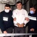 Naerunäol end vangi andnud Mihheil Saakašvilil tuleb nüüd ära kanda kuueaastane karistus.