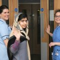 Talibani rünnaku ohvriks langenud Pakistani tüdruk Malala lubati haiglaravilt koju
