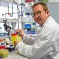 Tartu ülikooli tehnoloogiainstituudi professor Tanel Tenson rõhutab, et uusi antibiootikume on vaja, ent selleks on vajalik avaliku sektori panus ravimiarendusse.