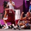Läti koondislased olümpiavõitu tähistamas.