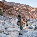 Kanjonis ei ole rada, vaid tuleb hüpelda kividel.