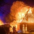 Saaremaal, Salmel hävis põlengus maja