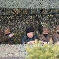 Põhja-Korea juht Kim Jong-un käis möödunud kuul salajases asukohas sõjaväeõppust vaatamas.